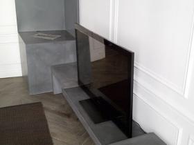 console-tv-cheminee-prefabrique-beton